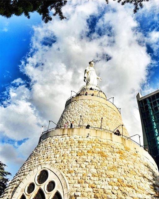 💙 HappySunday BlessedSunday OurLadyOfLebanon Repost @insta_lebanon・・・... (Harîssa, Mont-Liban, Lebanon)
