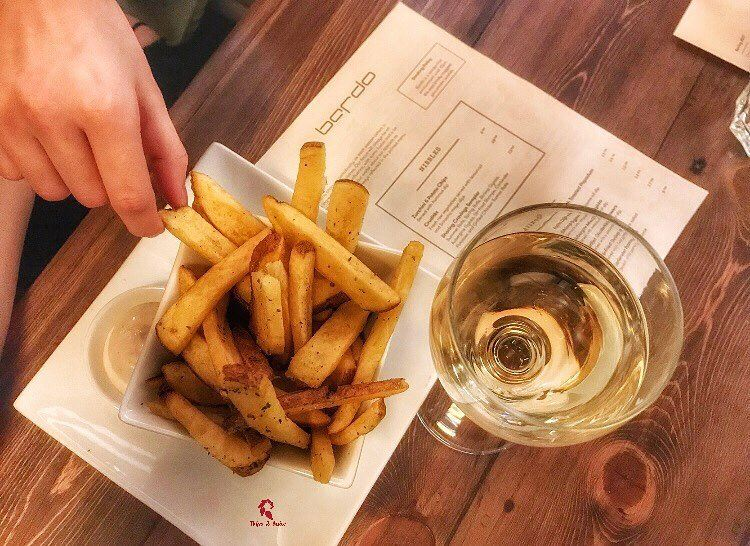 Fries and Wine on a Monday night 🍷.====================📍 @bardobeirut... (Hamra, Beyrouth, Lebanon)