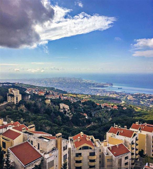 God bless our country🏡🌲💚Beirut city as see from Brummana.. brummana ... (Brumana, Mont-Liban, Lebanon)