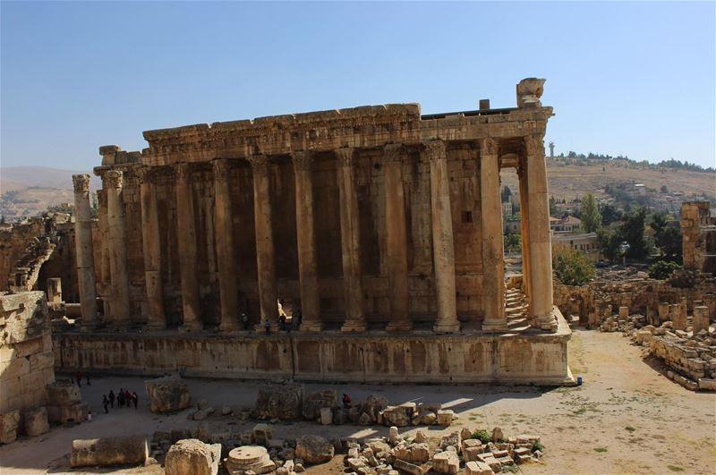 baalbek roman temple jupiter heritage architecture art museum ... (Baalbek , Roman Temple , Lebanon)