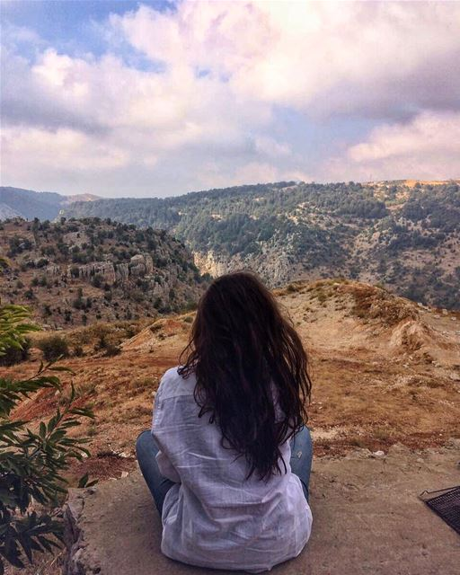 Peace & Quiet ☀️💙.... lebanoneats livelovetannourine ... (Tannurin At Tahta, Liban-Nord, Lebanon)