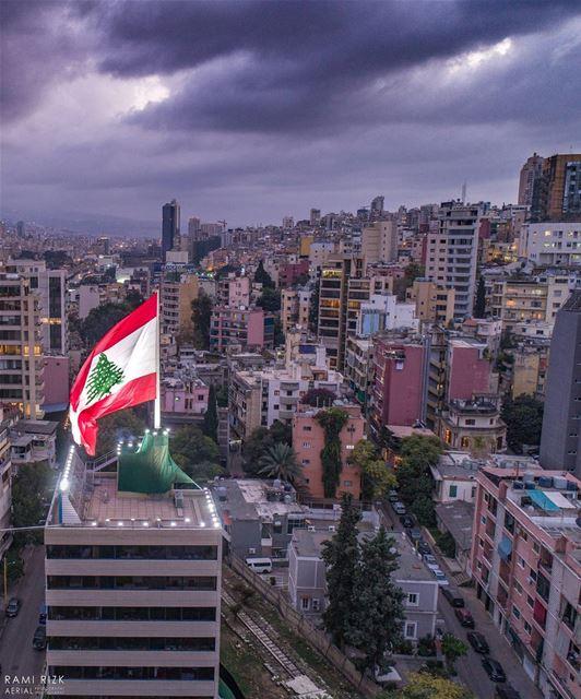 🇱🇧🇱🇧🇱🇧 lebanon beirut independence flag dji drones ... (Beirut, Lebanon)