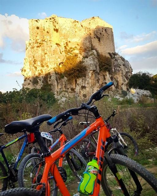 A  GoodMorning  activity  BSHIL @routeslb @livelove.bikes @trekbikes•💛 ... (Mseilha Fort)