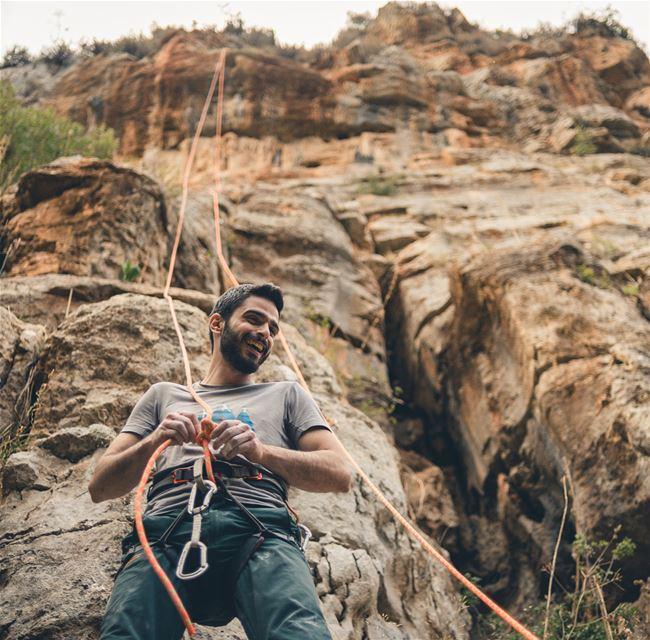 Fall portraits 🍂🍁 portraitphotography rockclimbing coffeetime ....... (Tannurin At Tahta, Liban-Nord, Lebanon)