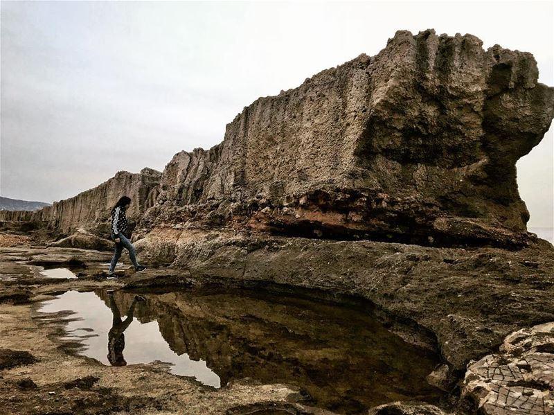 Rock me.............. pheonicianwall reflection rocks water... (Phoenicien Wall)