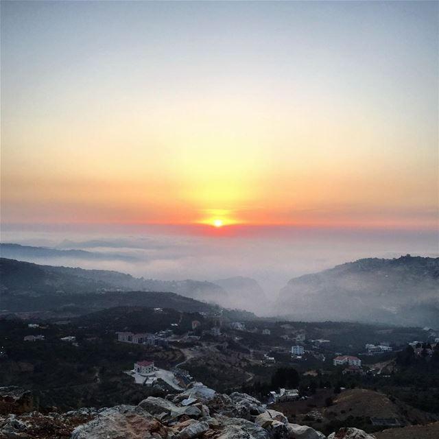 ehden liban sunset photooftheday picoftheday nofilterneeded hot ... (Ehden, Lebanon)