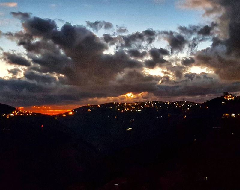 Spectacular sunset colors over Brummana and Beit Mery sunsetsky ... (Mount Lebanon Governorate)