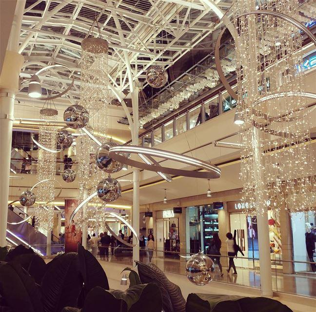 Christmas at abclebanon livelovelebanon Lebanon lebanon_hdr ... (Abc Mall Ashrafieh)