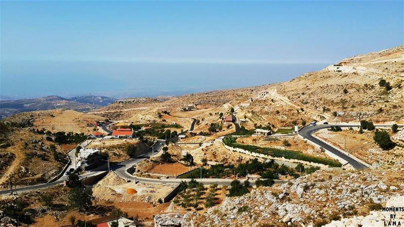 This V I E W 💙 LAMA_YOUSSEF moments_by_lamayoussef 📍 (Bchennâta, Liban-Nord, Lebanon)
