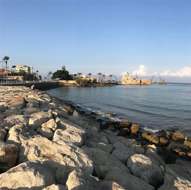 saida sea beach rocks wave fishing cafe saidoncastle lebanon ... (Sidon Sea Castle)