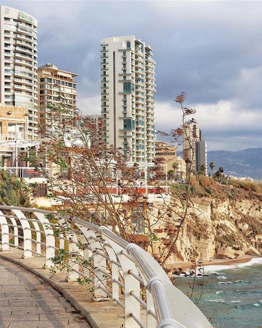 Weekend ... i love you ❤️😀.Mornin igersBy @buddcorp Beirut Liban ... (Beirut, Lebanon)