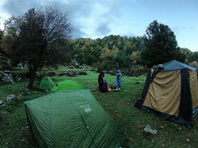Camping under the rain, you're in ? ⛺ by @mostafa_zay3our ----------------- (Lebanon)