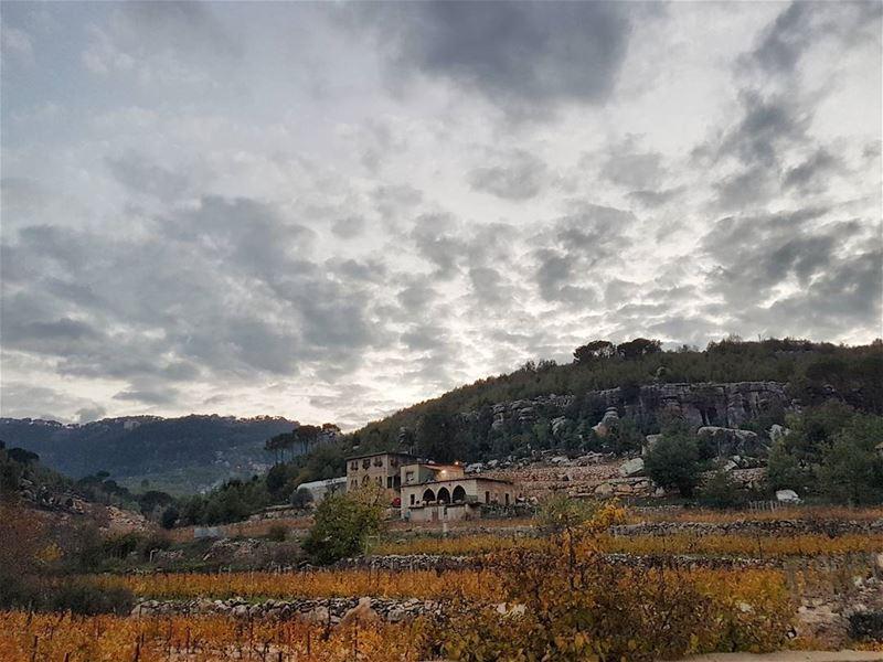 🏡⛰ (Btighrin, Mont-Liban, Lebanon)
