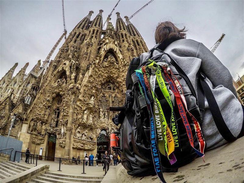 Go where you feel the most alive ✌🏽📸: @architectonthemove ... (Sagrada Familia de Gaudi, Barcelona, Spain)