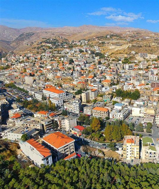 Love you gorgeous Zahlé 🏠🌳💚.. zahlé livelovezahleh livelovebekaa ... (Zahlé, Lebanon)