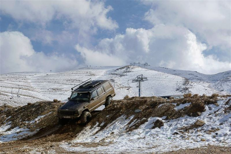 When you don't have sufficient snow to ski then you go for off-road😉... (Mzaar Kfardebian)