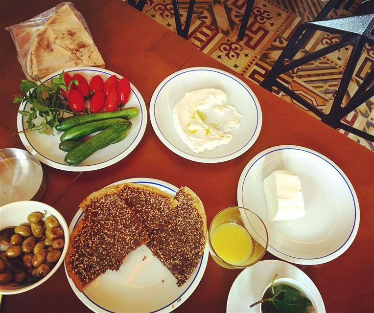 Love love love the fresh and delicious Lebanese breakfast at the beautiful... (Villa Paradiso Batroun)
