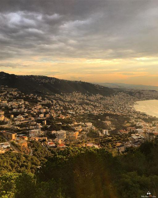 Hello 👋🏼 Week, let's do this 🙌🏻 PeterWenMaken ...... lebanon ... (Adma, Mont-Liban, Lebanon)