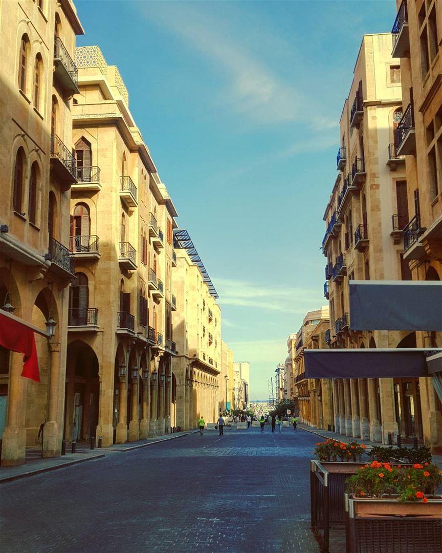 When our Souls need to scream .. letsdoit... happymonday .. beirut..... (Downtown Beirut)
