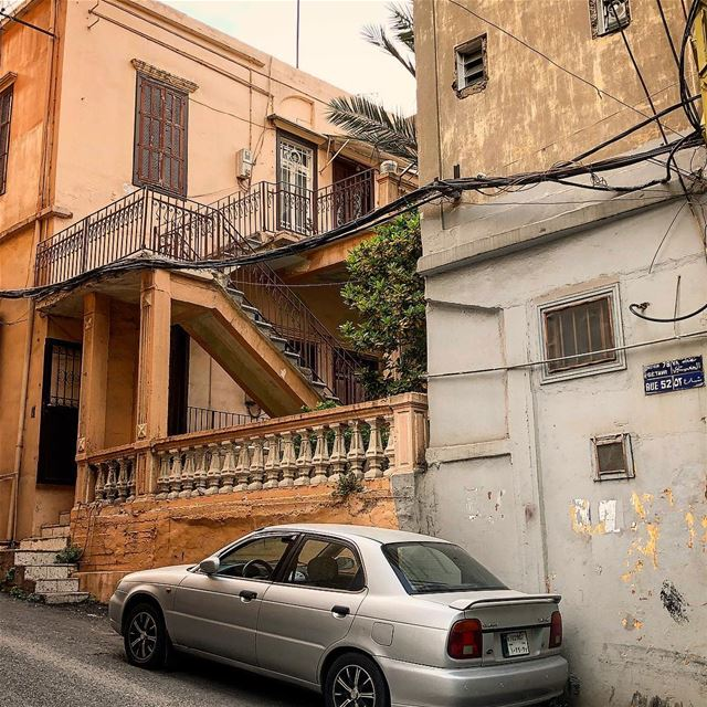 A Lebanese classic! Interesting architecture and a random car ;-) ... (Beirut, Lebanon)