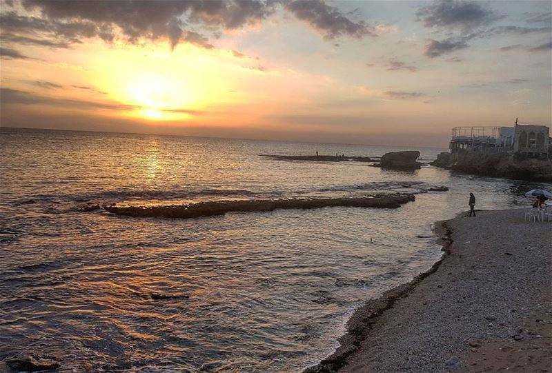 Get outside. Watch the sunrise. Watch the sunset. How does that make you... (Bahsa-Batroun)