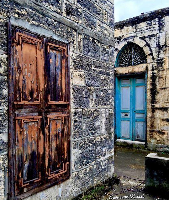 abandoned nostalgia oldhouse lebanonhouses architecture beautiful ...