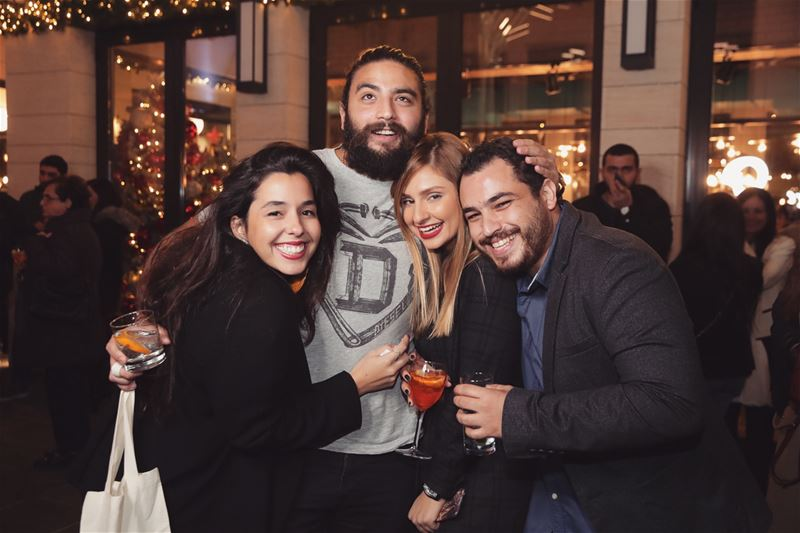 Beautiful people ❤️ ... YaraLivingLife openingevent party partytime ... (Restos St. Nicolas)
