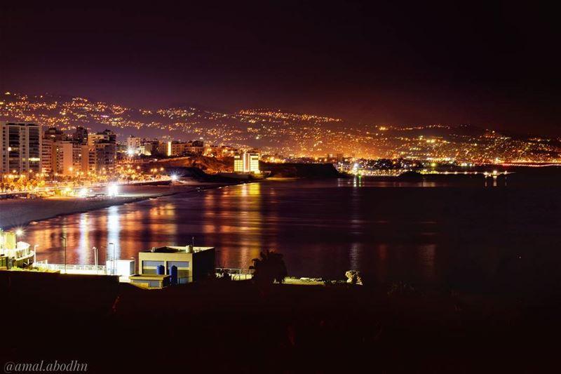 جمعت الأجيال محاسنها فكانت بيروت 👌 lebanon photography ... (Beirut, Lebanon)