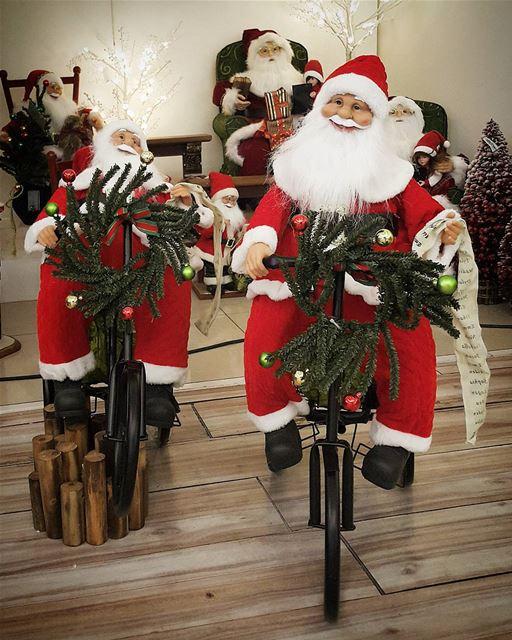Santa claus roule en vélo antipollution 😇🎅🎁