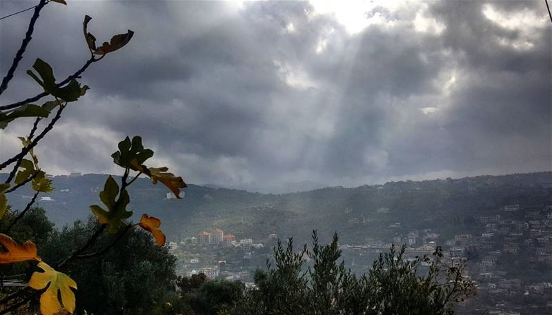 rainyday  raining  amazingview  inlovewithweather  amazing  weather ... (Hasbaya)