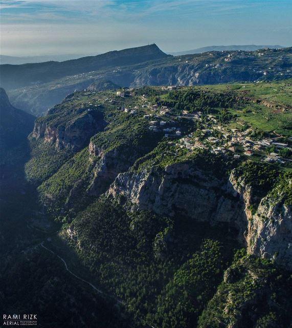PARADISE 💚... bchare northlebanon lebanon dji drones quadcopter... (Bcharré, Liban-Nord, Lebanon)