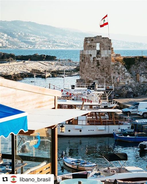 Repost @libano_brasil Compartilhamos esta linda foto do Líbano para... (Port Byblos)