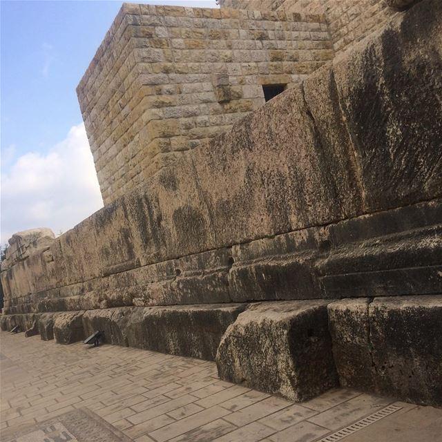 بيت مري beitmery beirut metndistrict deiralqalaa romanruins ... (Beit Meri, Mont-Liban, Lebanon)