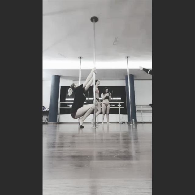 •Mini combo• Inspired by the amazing Marion Crampe's choreography....