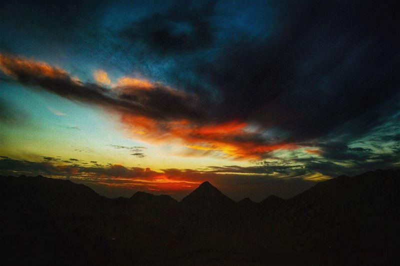 lebanon sunset mountains scenery sunsets sunsetlovers sunsetporn ...