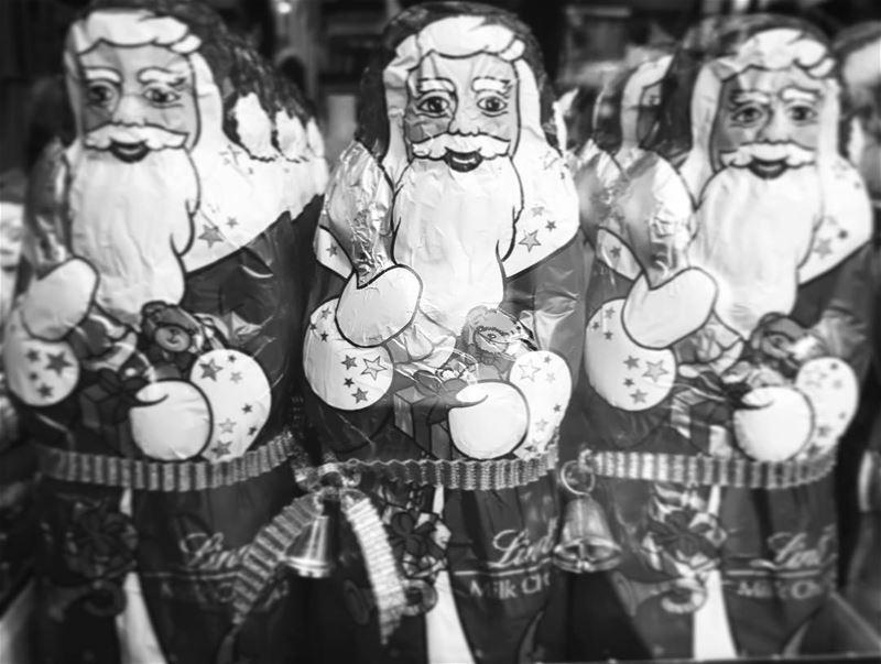 Season greetings ☃️☃️ life christmas santaclaus lebanon producer ... (Hamra - حمراء)