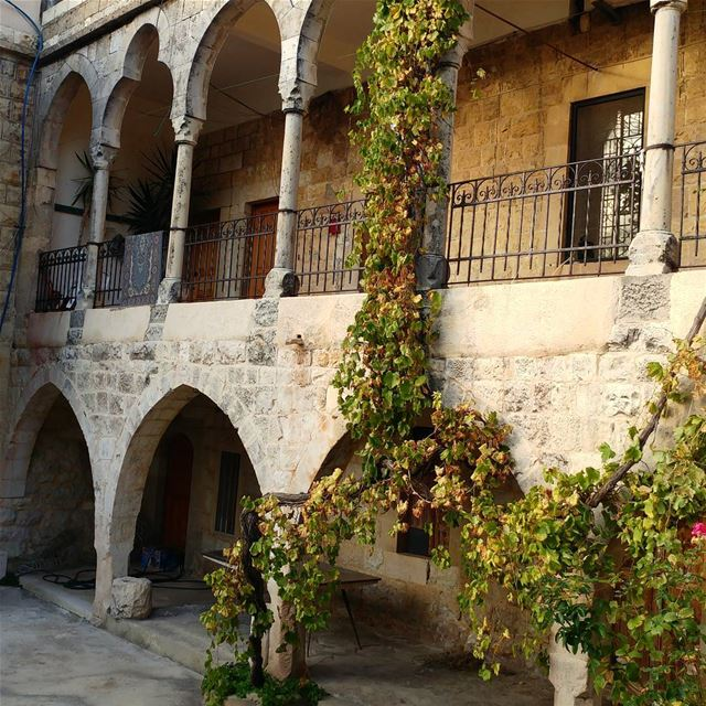 Building with a courtyard inside. These were fairly typical of last... (Khreibeh)
