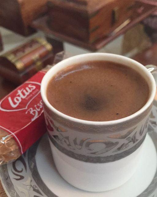 صباح الخير . ☕️🕊🎵🌹 . coffee goodmorning صباح_الخير Beyrouth ...