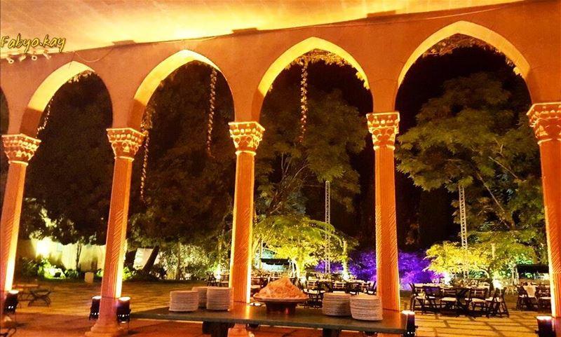 night nightlights architecture art arcades globalcapture lebanon... (Achrafieh, Lebanon)