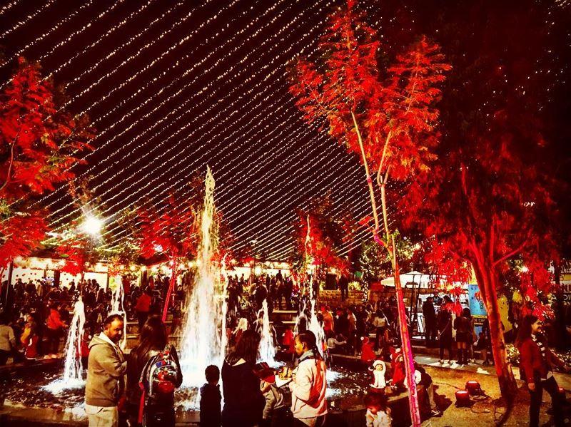 Christmas Market Holiday season festive santa December Saturday ... (Souk El Akel Christmas Market 2017)