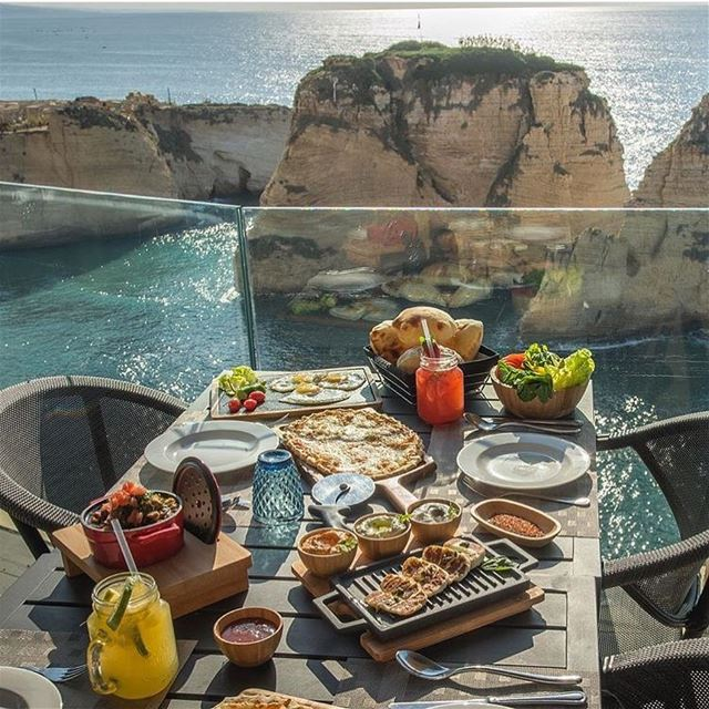 Breakfast with the most beautiful view 🇱🇧 🇱🇧 beirut sundaybrunch ...