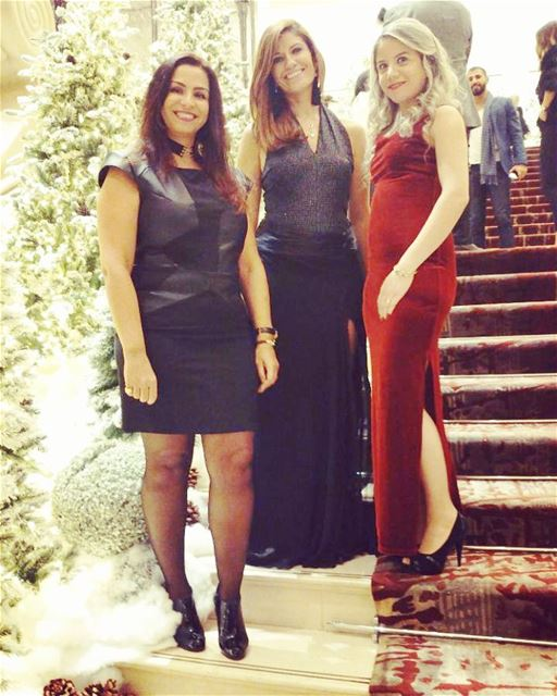 Trio  friends  christmasmood🎄  celebrationtime  mediatakeout  blogger ... (Phoenicia Hotel Beirut)