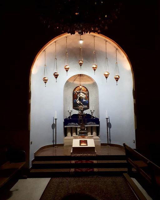 Antelias Armenian Cathedral by Night Armenian cathedral antelias ...