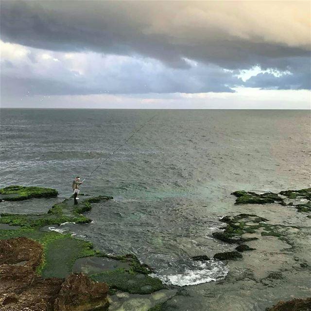 Good morning everyone 🎣💚.. raouche fishermen beirut lebanon ... (Raouche Rock , Beirut , Lebanon)