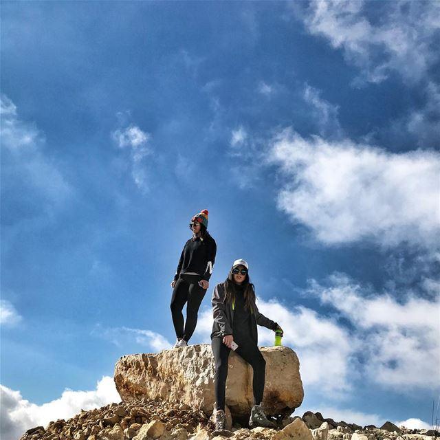 Head in the clouds ! ☁️ wardeh lebanon... earthpix earthofficial ... (Wardeh Kfardebian)