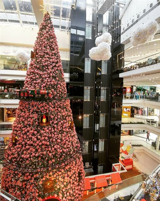 like4like likeforlike livelovelebanon livelovebeirut christmastree ...