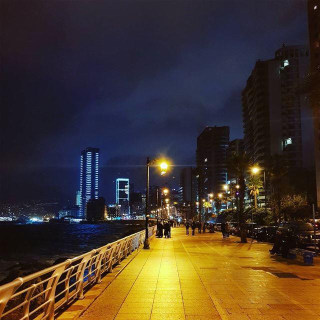 Winter is back..----------------- lebanon beirut night winter is ... (Beirut, Lebanon)