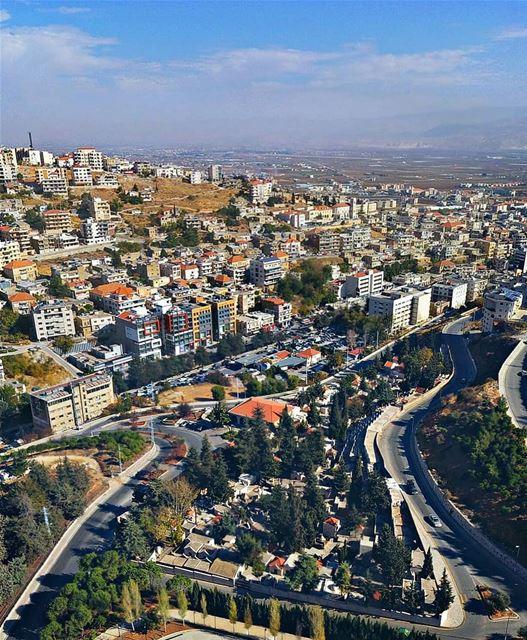 When you are in Zahlé city ❤💙.. zahlé bekaa lebanon livelovezahleh ... (Zahlé, Lebanon)