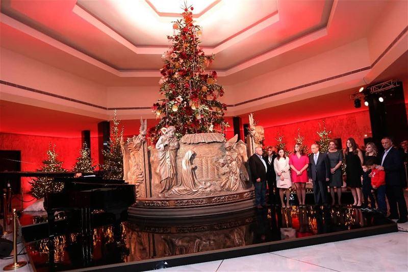 القصر الجمهوري يضيء زينة الميلاد.. والقدس الحاضر الأبرز⠀⠀⠀⠀⠀⠀⠀⠀⠀ ⠀⠀⠀⠀⠀⠀⠀⠀⠀