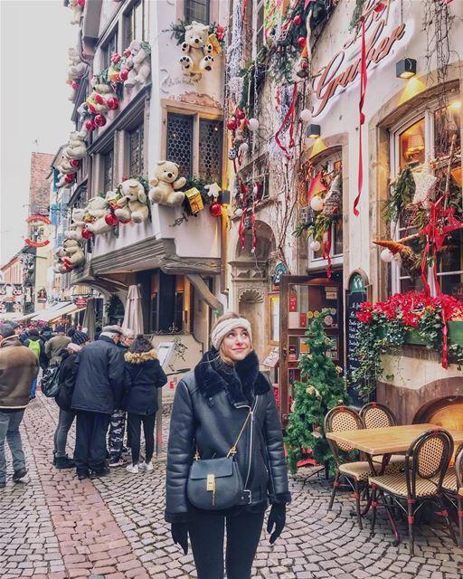 Happy Place 🎅🏼🎄💫🎈 strasbourg ... paris parismonamour sea f4f ... (Marché de Noël de Strasbourg)